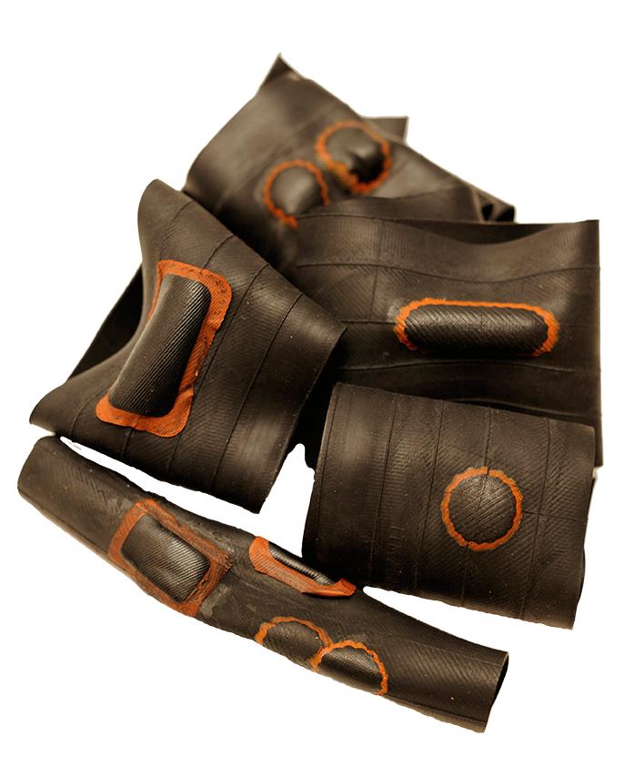 Nachhaltigkeit. Upcycling Taschen aus Fahrradschlauch. | Zwille Upcycling